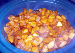 Making Homemade Applebutter