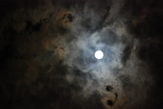 A 2:15 a.m. full moon.