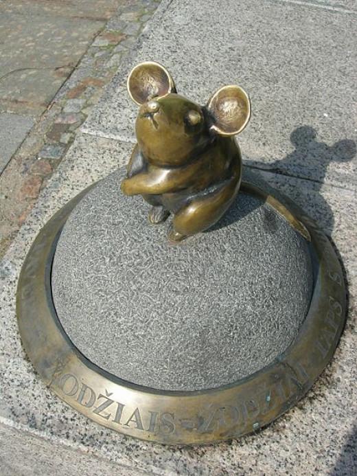 Old Town Little Mouse - Klaipeda