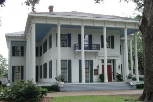 Bragg-Mitchell mansion is open for tours on Spring Hill Avenue.  It was built just outside the city.