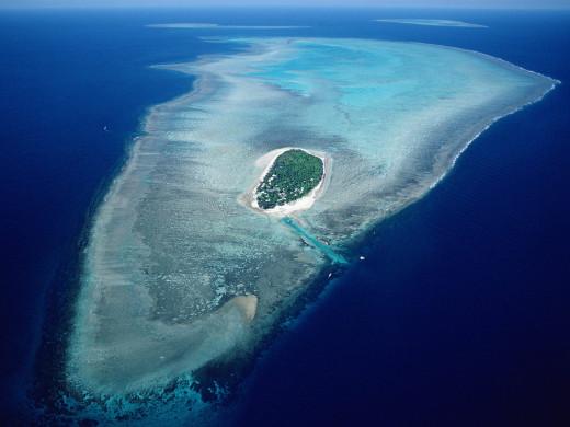 Aerial view of Heron Island, Great Barrier Reef Marine Park, Queensland, Australia