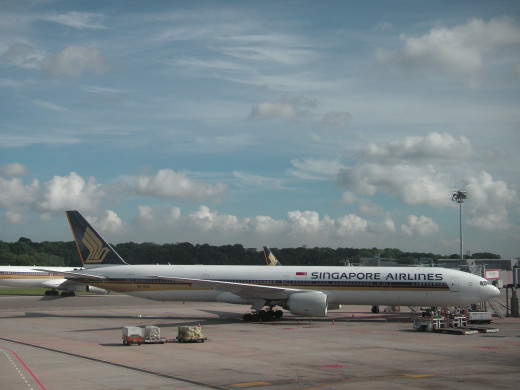 SQ319 at its homebase in Singapore-Changi airport