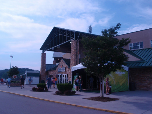 Smokies Park - Home of the Tennessee Smokies - AA Afiliate of the Chicago Cubs