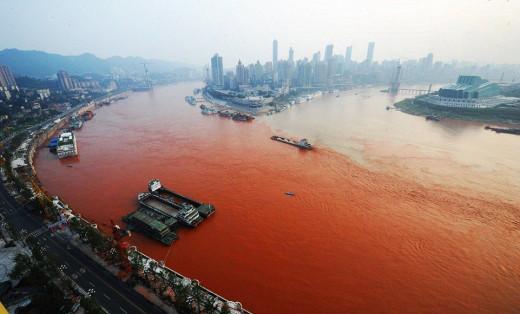 China's red river Yangtze