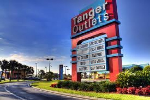 Tanger Outlets in Foley, Alabama has hundreds of stores for shopping and dining. It is just a few miles away from the beach.