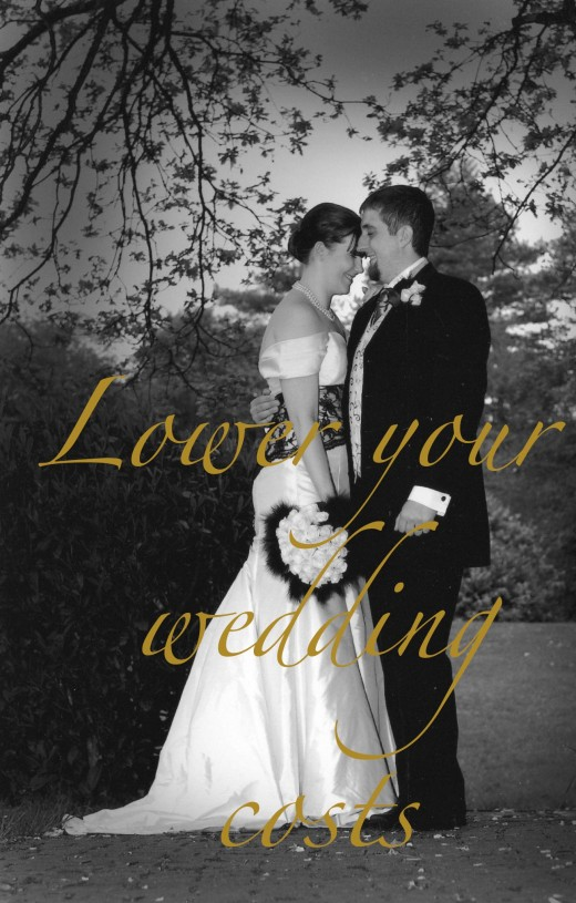 Tips on how to lower the cost of your wedding. Tips to keep your wedding on budget