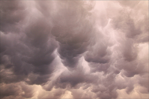 amazing clouds from loop_oh Source: flickr.com