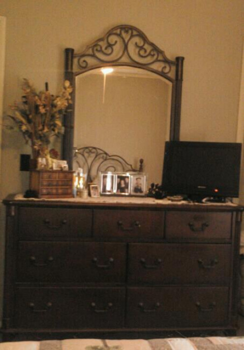 Our dresser standing stately in his room.  This empty nest is turning out nicely!