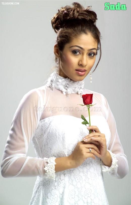 Telegu Actress : Sada