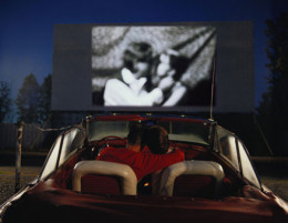 Things to do for an anniversary - A special movie night