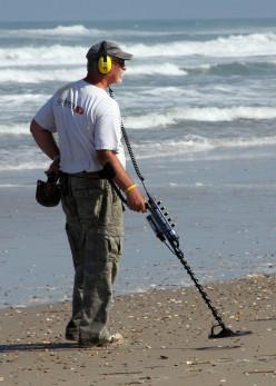 Best Beach Metal Detecting Tips