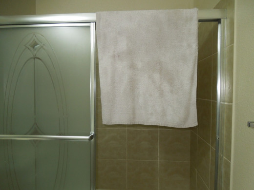 Hang Up the Towel After Done Drying the Bathtub