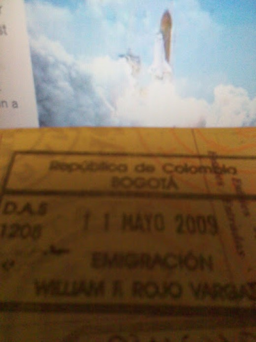 "Our passport stamped, before departure, ""11 Mayo, 2009"""