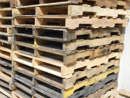 These pallets are made from 2x4's and 1x material, great for projects, building and furniture.