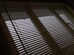 Try to use consistent window treatment throughout the house.