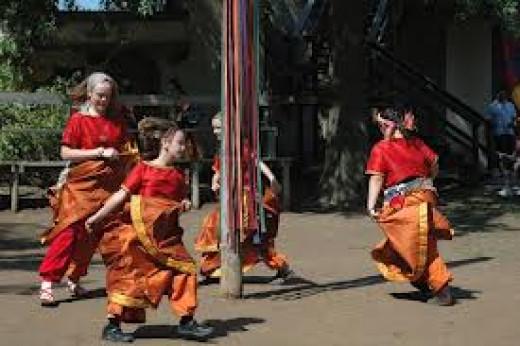 Maypole dance at Kansas City Renaissance Festival