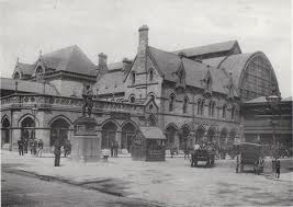 Middlesbrough's grand station in its heyday, designed by Thomas Prosser and built 1877 - around the same time as his York station - with a long, high trainshed roof (partly destroyed by bombing, 1942)
