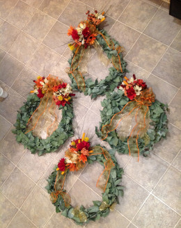 Two oval, two round wreaths--four of the largest ones.  Wreaths were everywhere!