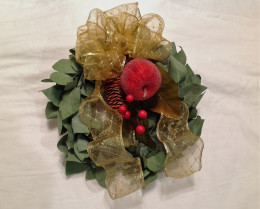 One of the mini wreaths.