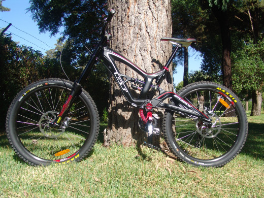 GT FURY ALLOY 2.0 - 2012