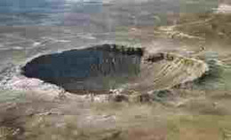 The famed Berringer Crater in Arizona