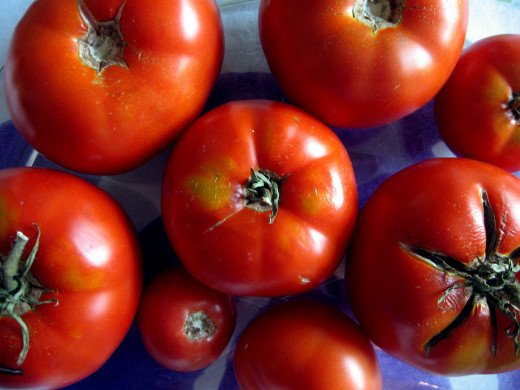 Start with the best ripe and juicy tomatoes you can find.