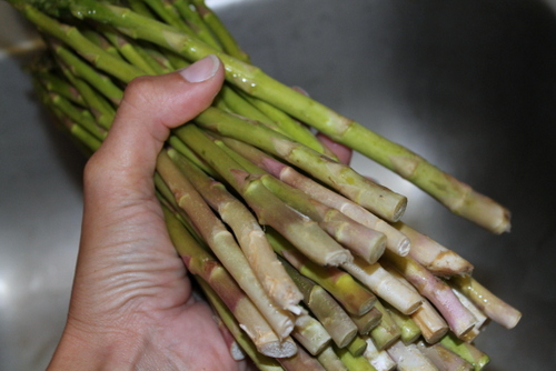 Wash your asparagus