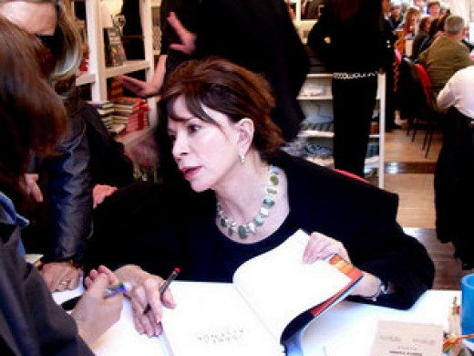 "Isabel Allende author of  ""Aphrodite : A Memoir of the Senses"" at Book Signing"