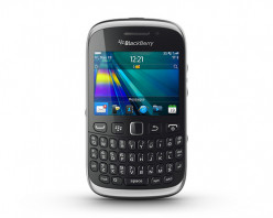Quick Review: the BlackBerry Curve 9320 Smartphone