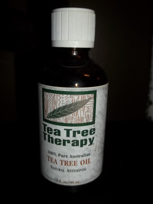 Tea Tree Oil helps prevent head lice when it is added to your family's shampoo.