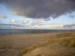 Baltic coastline to the north of the land of the Saxons, Seaxland