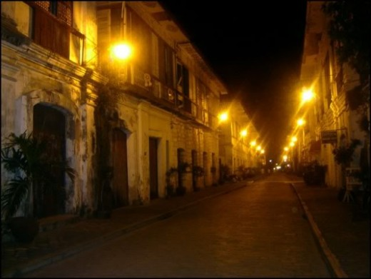 Captivating Calle Crisologo at nighttime