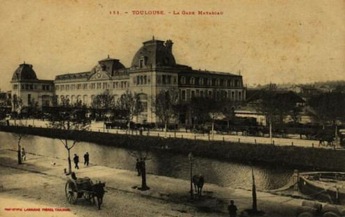 Toulouse station and Midi Canal, old postcard