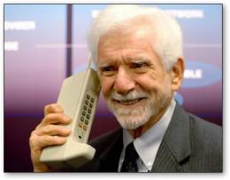 DynaTAC 8000X cellular phone