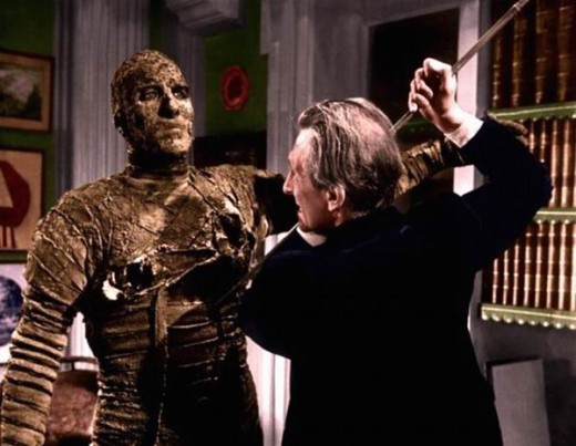 Christopher Lee and Peter Cushing in The Mummy (1959)