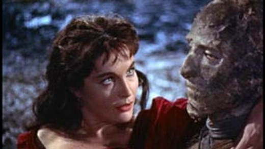 Yvonne Furneaux and Christopher Lee in The Mummy (1959)