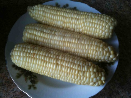 freshly boiled corn