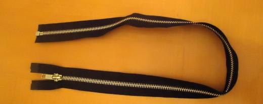 22 inch zipper