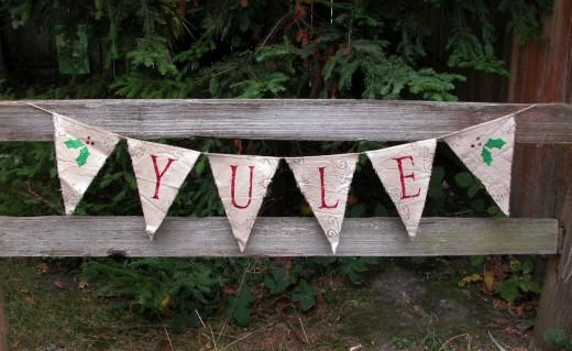 A fun Yule Banner