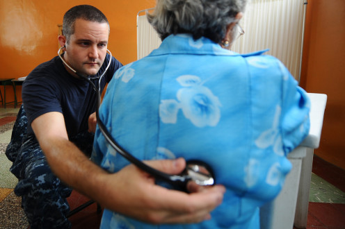 Routine health care is part of a physician assistants tasks.