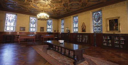 View of the Baylor Armstrong Browning Library from the inside