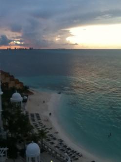 Private beach, Riu Palace Las Americas, Cancun