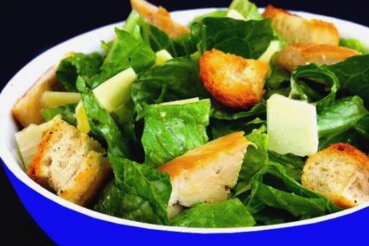 You can all the delights of Caesar Salad without the high fat and high calories found in the traditional recipes. Try these low fat and low calories alternatives.
