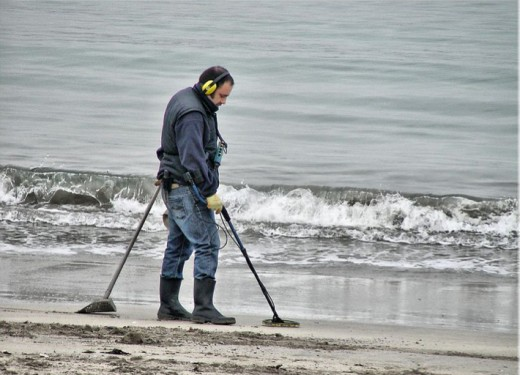 Beach combing for metal objects is a favorite pastime for many.  It is important to have a metal detector that withstand the corrosive effects of the water and can discriminate objects well in wet sand.