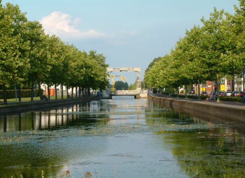 The Eindhoven Canal with the lifting bridge
