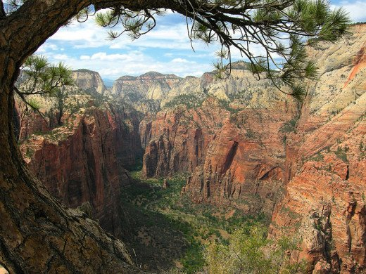 A place known as Angels Landing in beautiful Zion National park in southwest Utah. Looks heavenly!