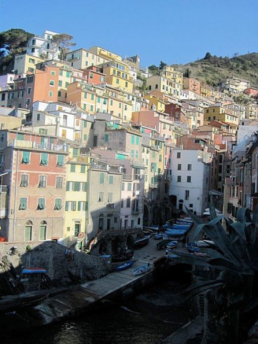 "Breathtaking ""Cinque Terre"" ~ The Italian Riviera, what an amazing place this would be to see!"