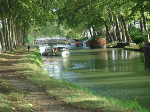 The Canal du Midi, near Demoiselles Bridge, Toulouse