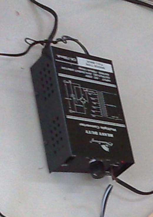 Power supply with 750 mA
