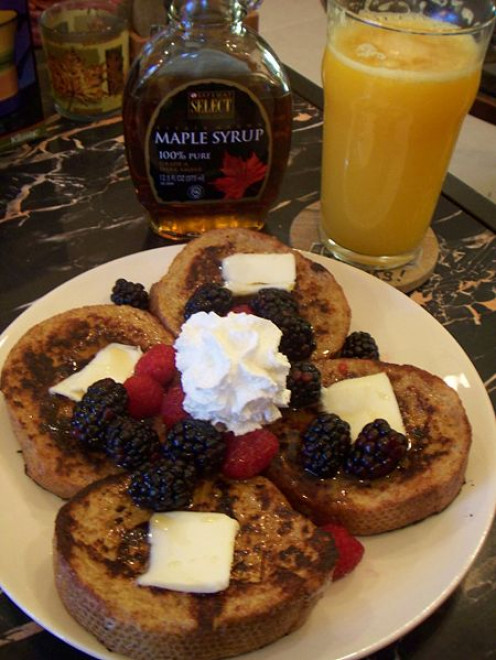 French toast topped with fruit is always a favorite breakfast treat.